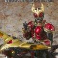 S.I.C.極魂 Kamen Rider Kuuga Rising Mighty & Beat Chaser 2000 Set