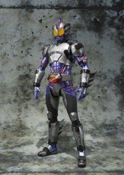 "Photo2: Kamen Rider AMAZONS - S.H.Figuarts Kamen Rider AMAZON NEO ""Amazon.co.jp Limited"" 『October release』"