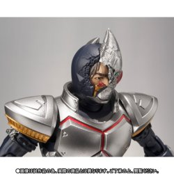 Photo4: S.H.Figuarts Kamen Rider Blade Broken Helmet Ver. 『April release』