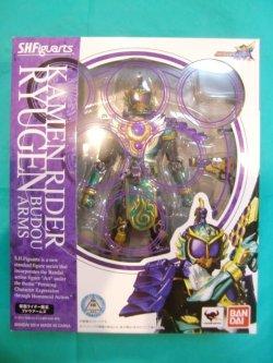 Photo1: Kamen Rider GAIM - S.H.Figuarts Masked Rider RYUGEN Budou Arms