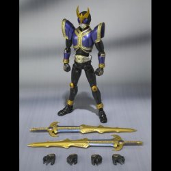 Photo5: Kamen Rider KUUGA - S.H.Figuarts Kamen Rider KUUGA Rising Titan